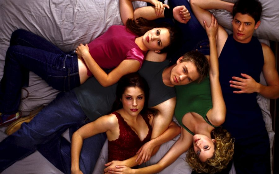Download One Tree Hill full episodes in HD 720p