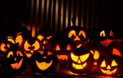 5 Easy Last Minute Halloween Costumes!