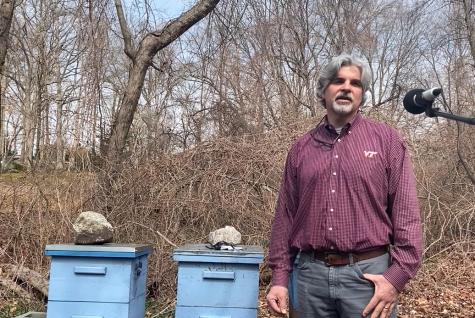 Science Teacher Creates Beekeeping Club